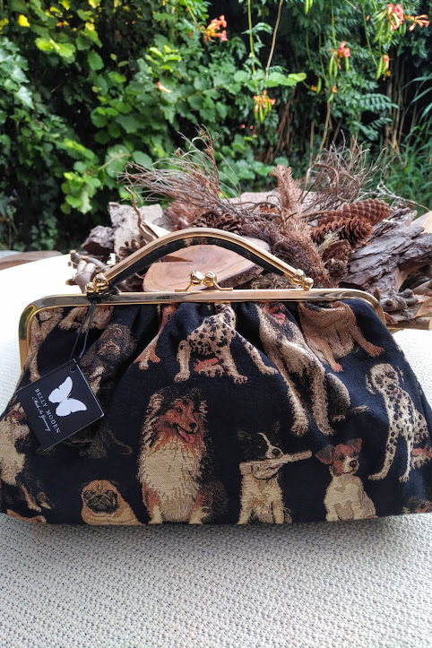 Tasche Kulturtasche Hund Dog Belly Moden